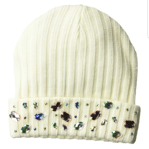 5df2ee1968c BEANIE WITH JEWELS
